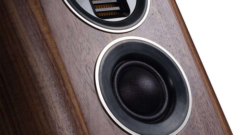"""Wharfedale EVO 4.2 - Loa bookshelf 3 đường tiếng tạo """"trend"""" trên toàn thế giới ảnh 10"""