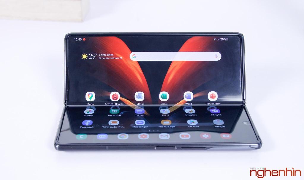 1,000 chiếc Galaxy Z Fold2 đầu tiên đã đến tay chủ nhân tại Việt Nam ảnh 4