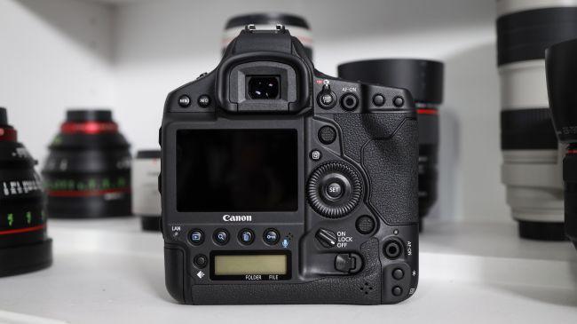 Canon EOS 1D X Mark III ra mắt: quay 4K60fps, ảnh 10-bit HEIF, giá dự kiến 6.000 USD ảnh 3