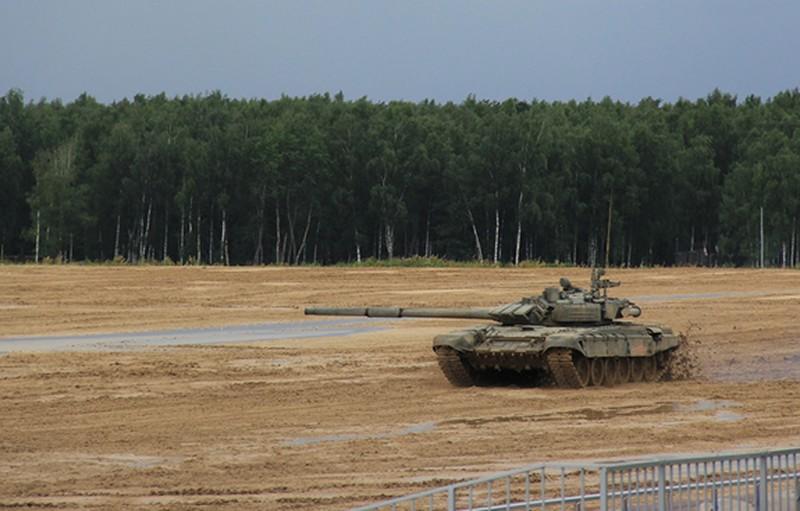 Xe tang T-72B3 se som co phien ban khong nguoi lai
