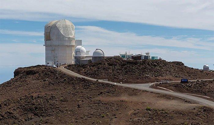 DKIST - kính viễn vọng mặt trời lớn nhất thế giới đặt tại Hawaii.
