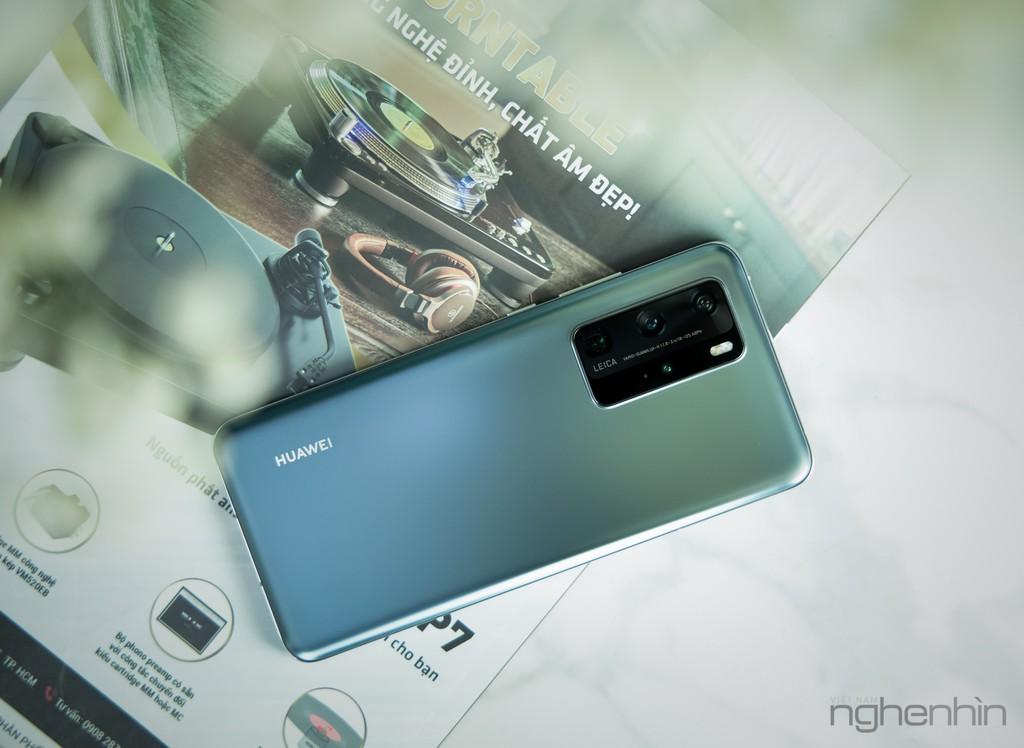Cận cảnh Huawei P40 Pro tại Việt Nam phiên bản bạc băng giá: nhìn đã, sờ sướng ảnh 1