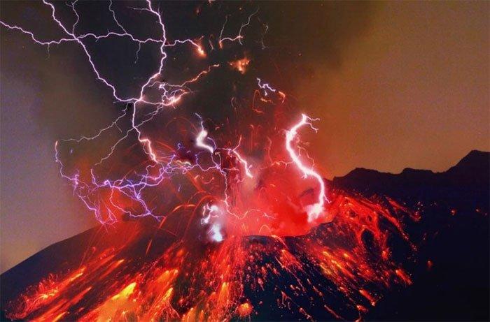 Và kẻ thắng cuộc là… núi lửa