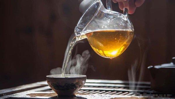 Thức uống tốt nhất là trà nóng
