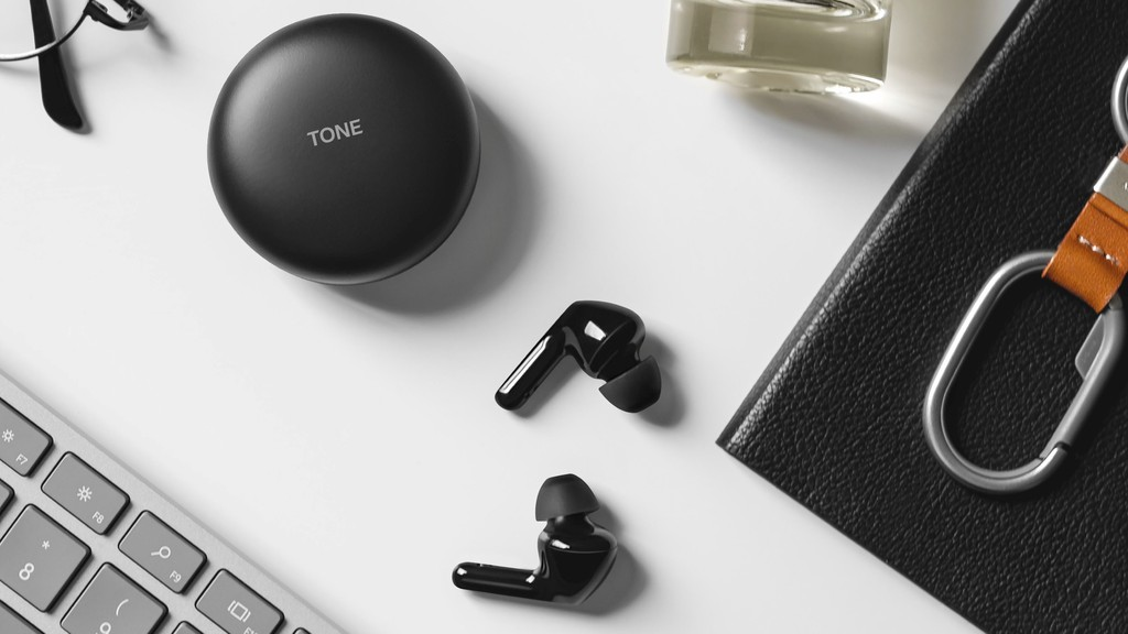 LG ra mắt tai nghe TONE Free HBS-FN6, khử trùng bằng tia cực tím, âm thanh Meridian ảnh 1