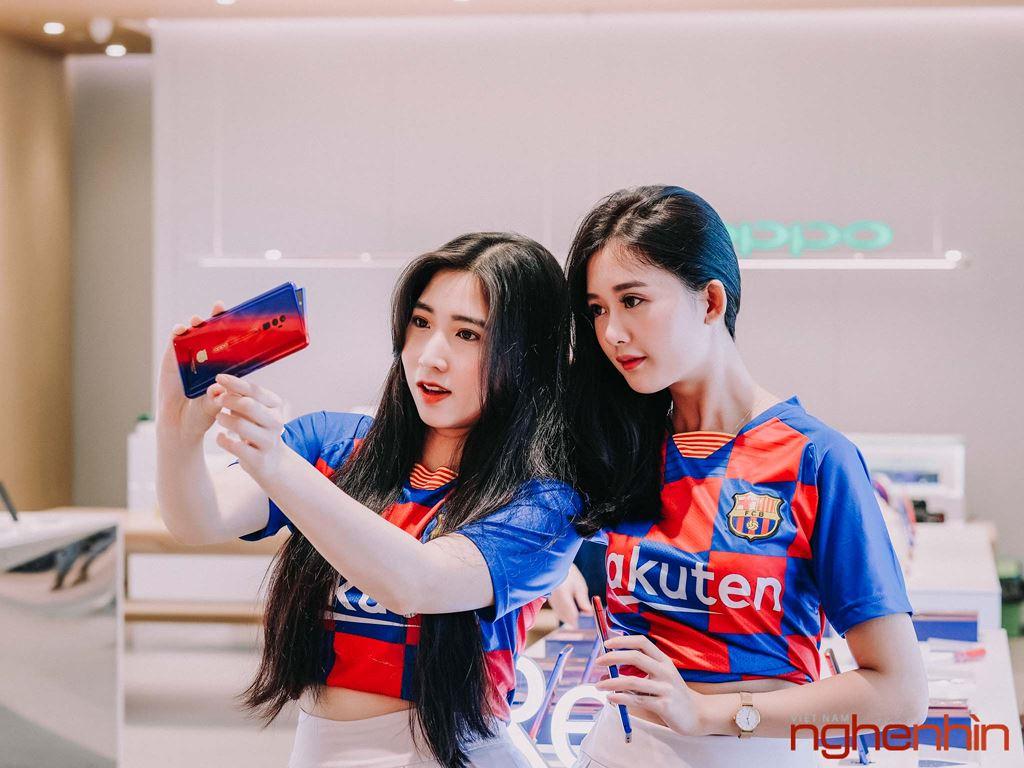 Oppo Reno Zoom 10x bản giới hạn FC Barcelona lên kệ tại Việt Nam giá 25 triệu ảnh 8