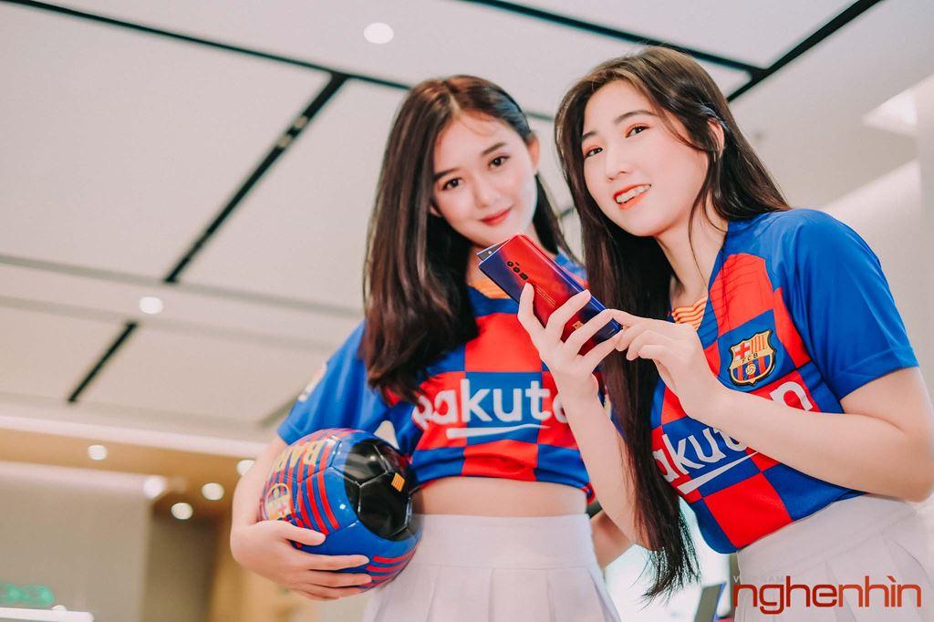 Oppo Reno Zoom 10x bản giới hạn FC Barcelona lên kệ tại Việt Nam giá 25 triệu ảnh 10