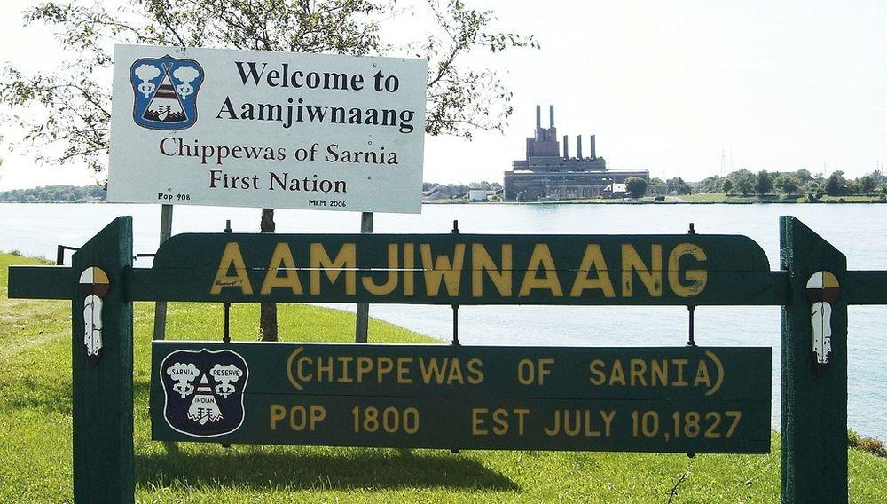 Khu bảo tồn di sản Aamjiwnaang của người bản địa. Ảnh: Toban B/Flickr