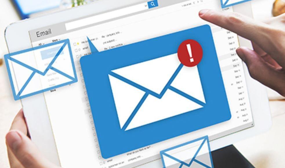 Cảnh báo tấn công lừa đảo nhắm vào lãnh đạo tập đoàn công nghệ Việt | CyRadar: Lãnh đạo một tập đoàn công nghệ lớn ở Việt Nam nhận được email giả mạo Microsoft | CyRadar cảnh báo tấn công lừa đảo qua email mạo danh Microsoft nhắm vào lãnh đạo DN công nghệ
