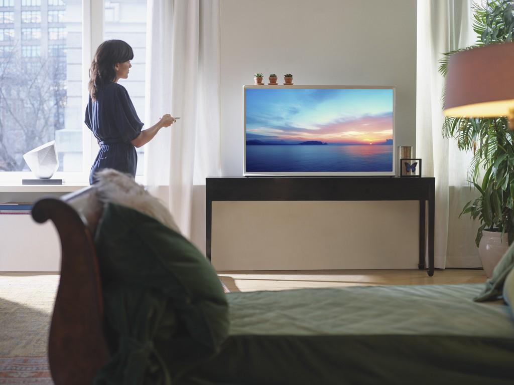 Samsung định hình phong cách sống thời thượng với TV The Frame, The Serif và The Sero ảnh 2