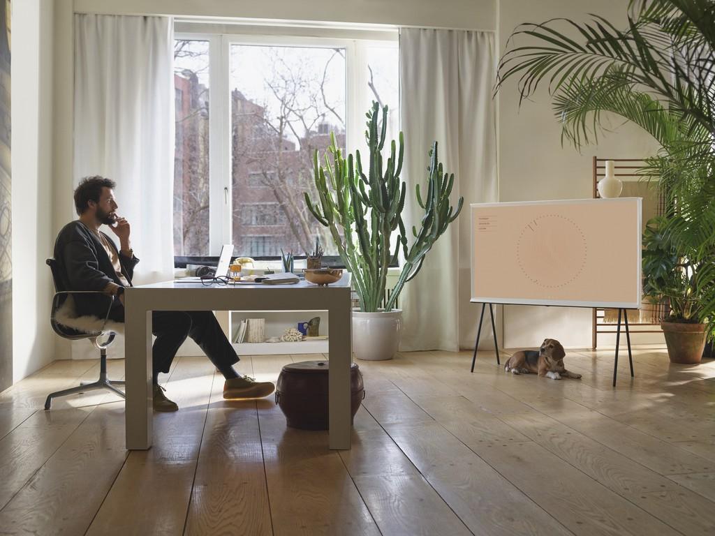 Samsung định hình phong cách sống thời thượng với TV The Frame, The Serif và The Sero ảnh 4