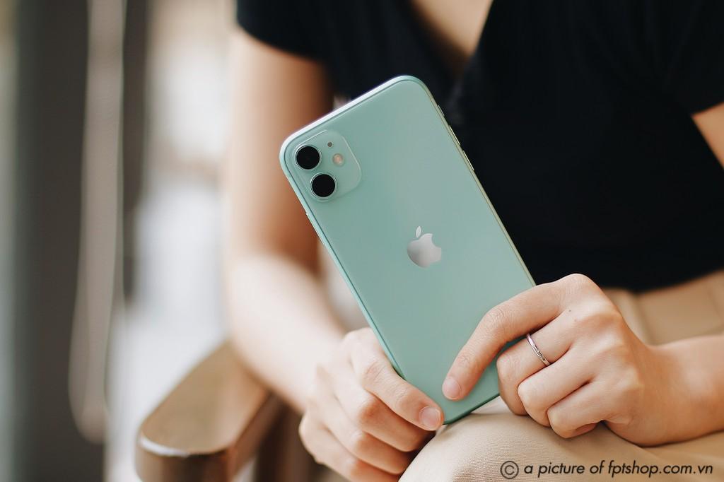 FPT Shop điều chỉnh giá bán, iPhone 11, iPhone 12 và 12 mini chỉ còn từ 15 triệu ảnh 2