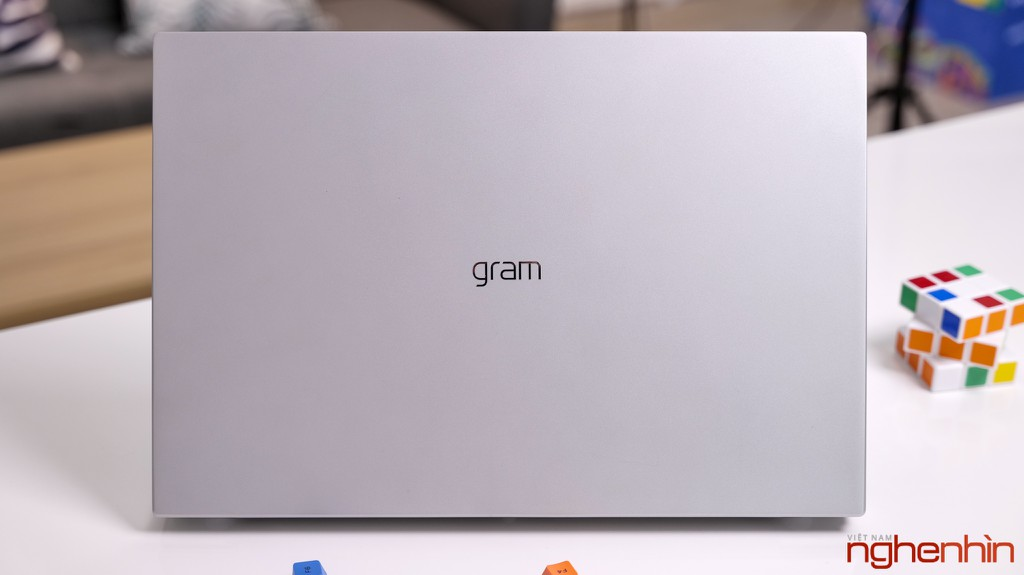 Đánh giá LG gram 17 2021: quyết định sáng suốt của dân văn phòng ảnh 4