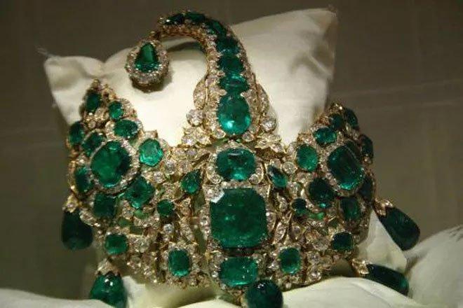 Lượng vàng, ngọc Nizam Đệ Thất sở hữu tương đương 50 tỷ bảng Anh ngày nay.