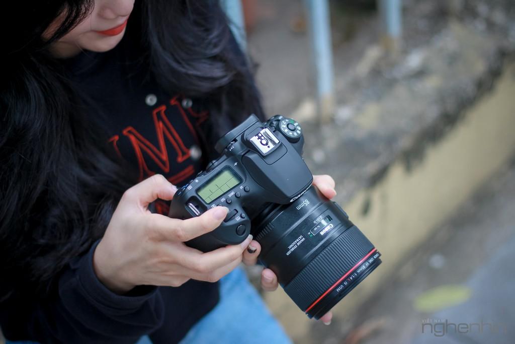 Trên tay Canon EOS 90D tại Việt Nam: nâng cấp toàn diện, lấy nét nhanh, quay video 4K ảnh 4