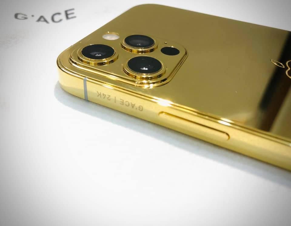 Ngắm iPhone 12 mạ vàng đầu tiên trên thế giới do công ty Việt Nam thực hiện ảnh 5