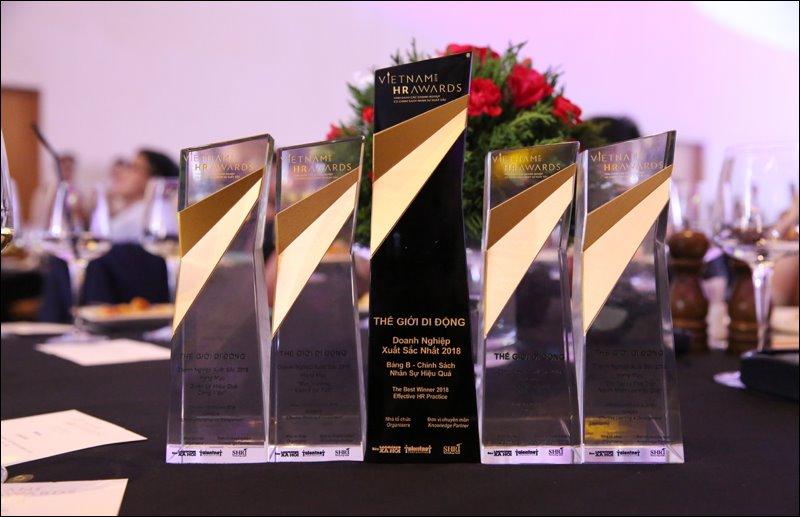 Thế Giới Di Động dành các chiến thắng quan trọng tại giải thưởng Vietnam HR Awards 2018