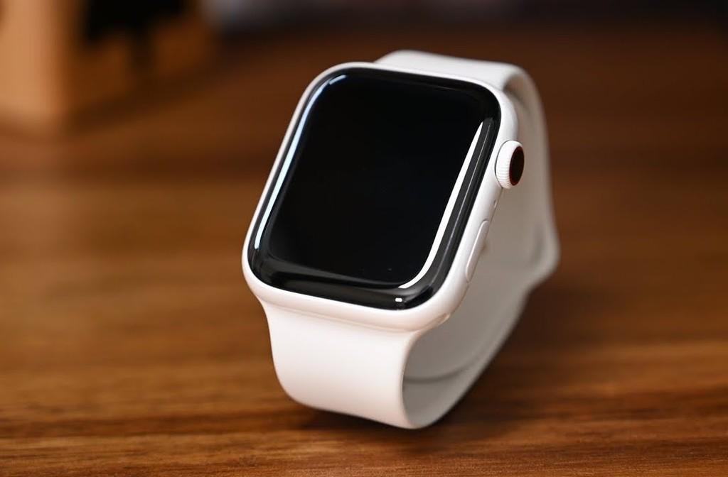 Apple Watch sẽ có phiên bản làm từ sợi gốm với giá rẻ hơn ảnh 1