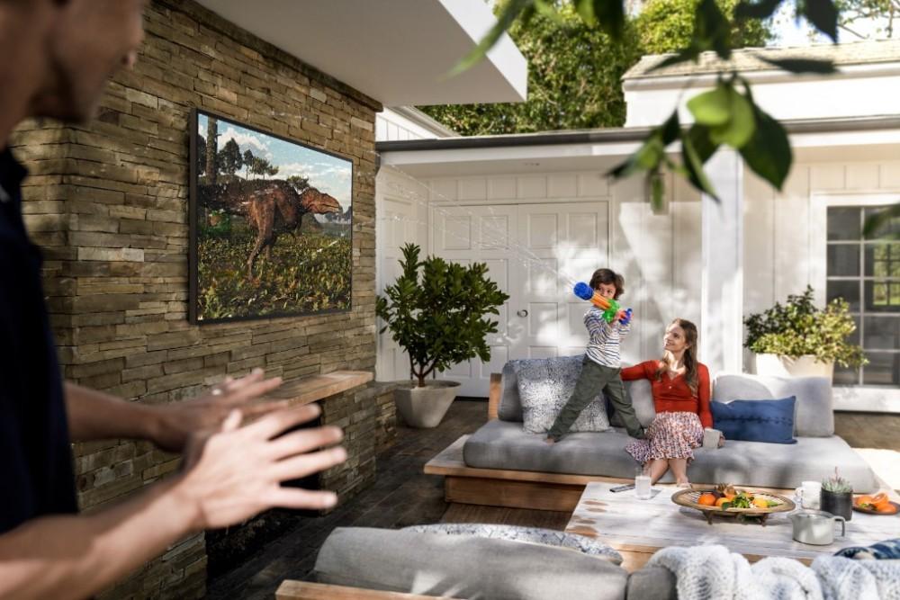 Samsung The Terrace–TV QLED ngoài trời đầu tiên trên thế giới ra mắt tại Việt Nam giá từ 100 triệu ảnh 3