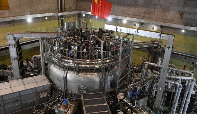 Quá trình lắp ráp thiết bị HL-2M đã hoàn thành vào tháng 6.