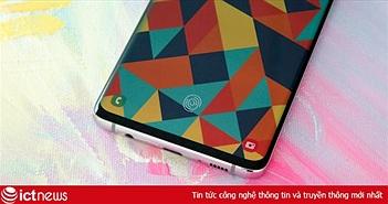 Tất cả điện thoại Galaxy S10 bán ra sẽ có sẵn miếng dán bảo vệ màn hình