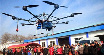 Trung Quốc phá đường dây chuyển lậu iPhone bằng thiết bị bay không người lái