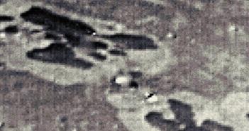 Bí ẩn nhiều dấu vết lạ trên mặt trăng sao Hải Vương