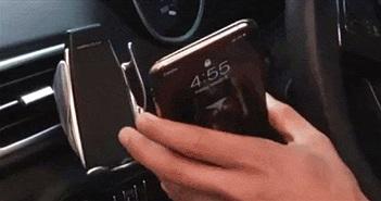 Chọn sạc pin cho smartphone có dây hay không dây?