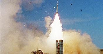 """S-300 Nga """"vô dụng"""" trước tên lửa Israel, Syria hết kiên nhẫn, buộc phải chỉ trích"""