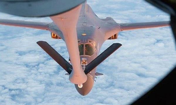 Sức mạnh máy bay ném bom chiến lược Mỹ tuần tra trên Biển Đông