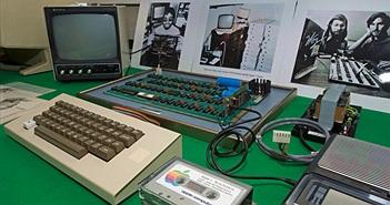 Máy tính Apple-1 trị giá 200.000 USD vô tình bị đem bán đồng nát
