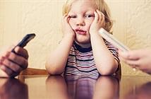 Bố mẹ nghiện smartphone khiến con cái có hành vi xấu