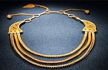 Trung Quốc: Tìm được vòng cổ bằng vàng 800 năm mà như mới toanh trong xác tàu đắm