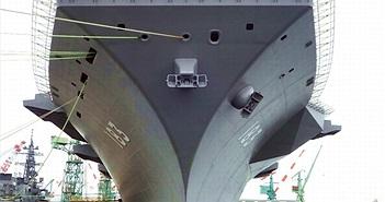 Nhật đang lắp đặt thiết bị và vũ khí trên tàu sân bay 22DDH Izumo