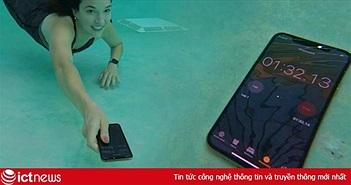 """Đạt chuẩn kháng nước IP68, iPhone XS thể hiện khả năng """"bơi lội"""" như thế nào?"""