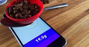 Apple bực mình vì iPhone bị biến thành...cân