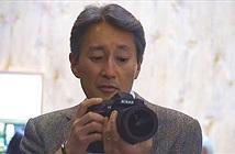 CEO của Sony… trên tay máy ảnh Nikon