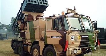 Ấn Độ bắn thử pháo phản lực Pinaka nâng cấp