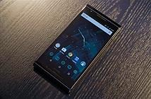 Cận cảnh smartphone Android giá hơn 300 triệu đồng