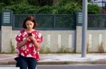Mỹ: Sử dụng smartphone khi đi bộ qua đường bị phạt nặng