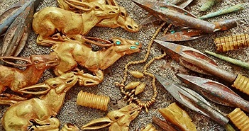 Ngôi mộ 2.800 năm chứa đầy vàng ở Kazakhstan