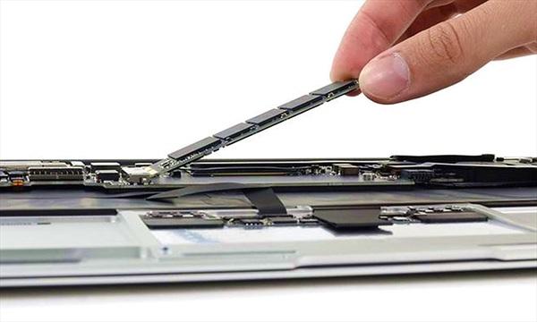 Apple âm thầm giảm giá nâng cấp ổ cứng SSD trên những dòng máy Mac cũ