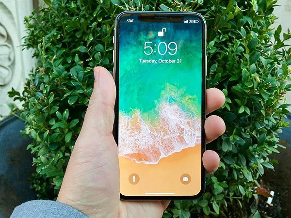 Face ID trên iPhone X chậm hơn Touch ID