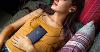 Razer Phone ra mắt: smartphone cho game thủ, màn hình 120Hz, Snapdragon 835, RAM 8GB