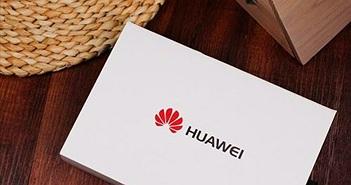 Huawei chúc người dùng năm mới trên Twitter bằng iPhone