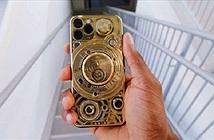 Đập hộp iPhone 11 dát vàng 24-carat, đính 137 viên kim cương