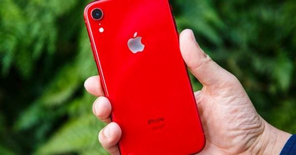 Top smartphone màu đỏ nhất định phải mua dịp tết Kỷ Hợi