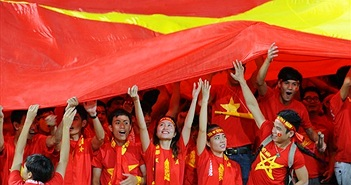 Khán giả: Vì sao VTV cắt bỏ lễ chào cờ trước trận Việt Nam - Malaysia?