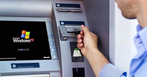 Nâng hạn mức rút tiền tại ATM nội mạng cao hơn 5 triệu đồng