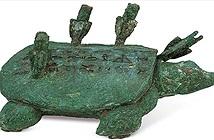 Đi câu cá dưới sông, người nông dân vô tình vợt được quốc bảo rùa kỳ bí với 4 mũi tên cắm lưng